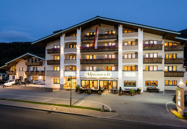 Hotel Alpenwelt Hotel Flachau 1