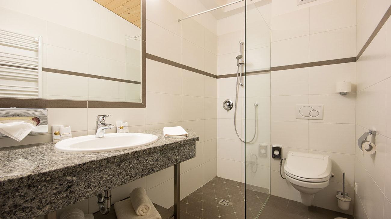 Gediegene Zimmer für 4 Personen, komfortable Zimmer in Flachau